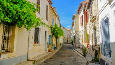 Découvrir Arles