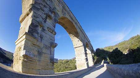 Pont du gard en camargue