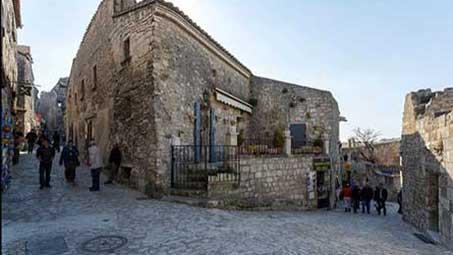 Visiter baux de provence