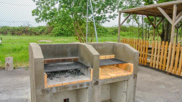 camping avec barbecue camargue