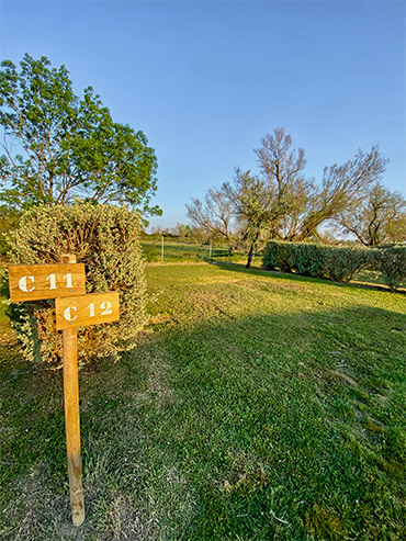 emplacement tente camping camargue