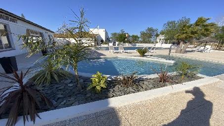 piscine-principal-camping-arles